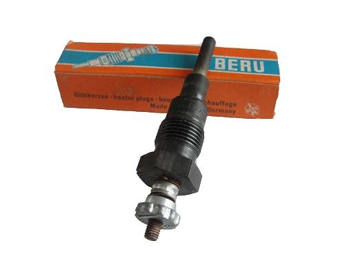 Beru Glühkerze 0100302302 371MK  glow plug Candeletta bougie de préchauffag