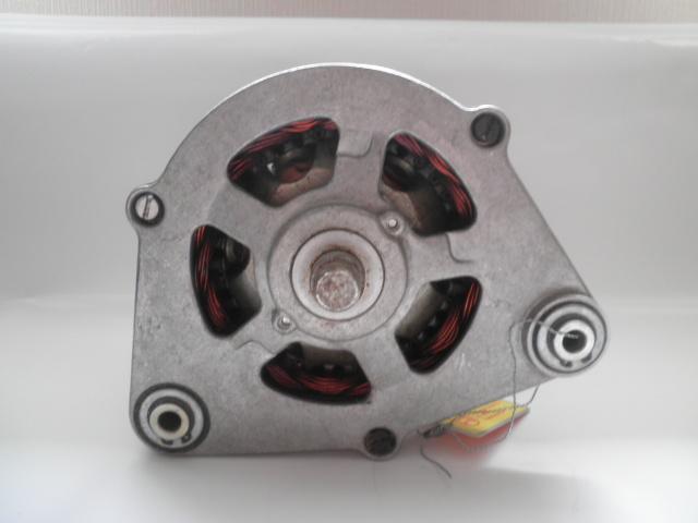 Bosch Drehstromlichtmaschine 0120400752 Generator 14V 45A alternateur