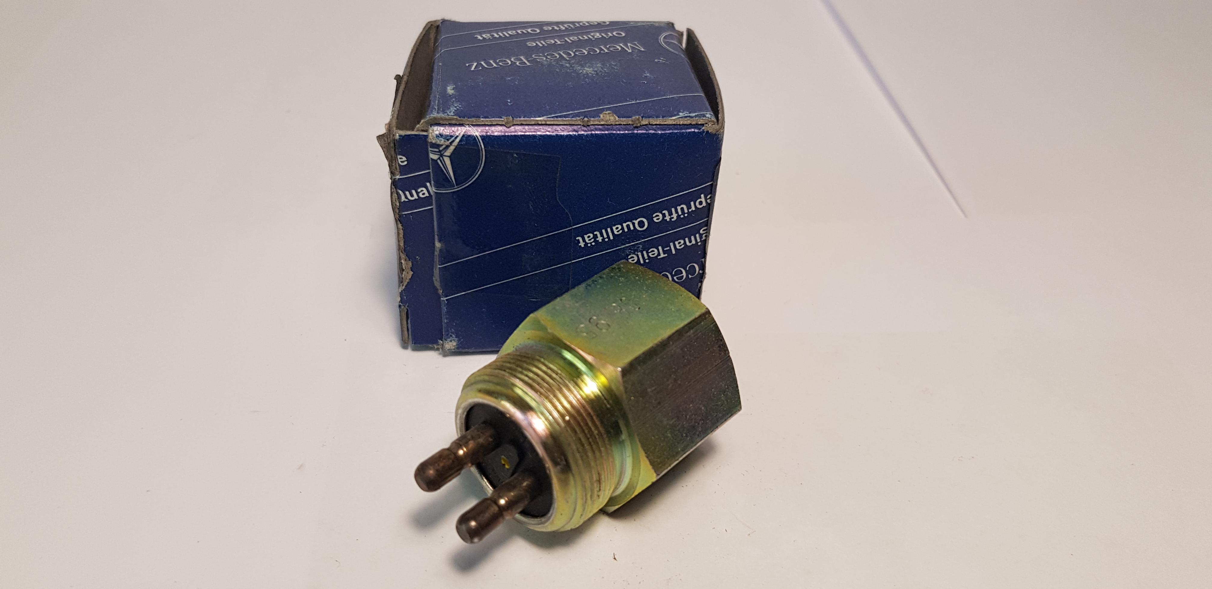 Mercedes-Benz A0005455414 Bremslichtschalter Pneutmatisch Brake Light Switch