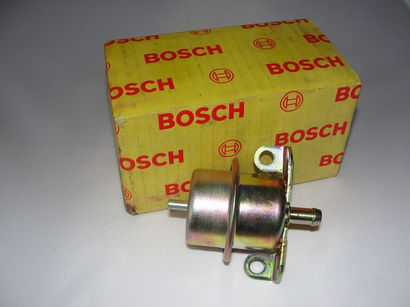 Bosch 0280160225 Kraftstoffdruckregler Druckregler Einspritzsystem Regler