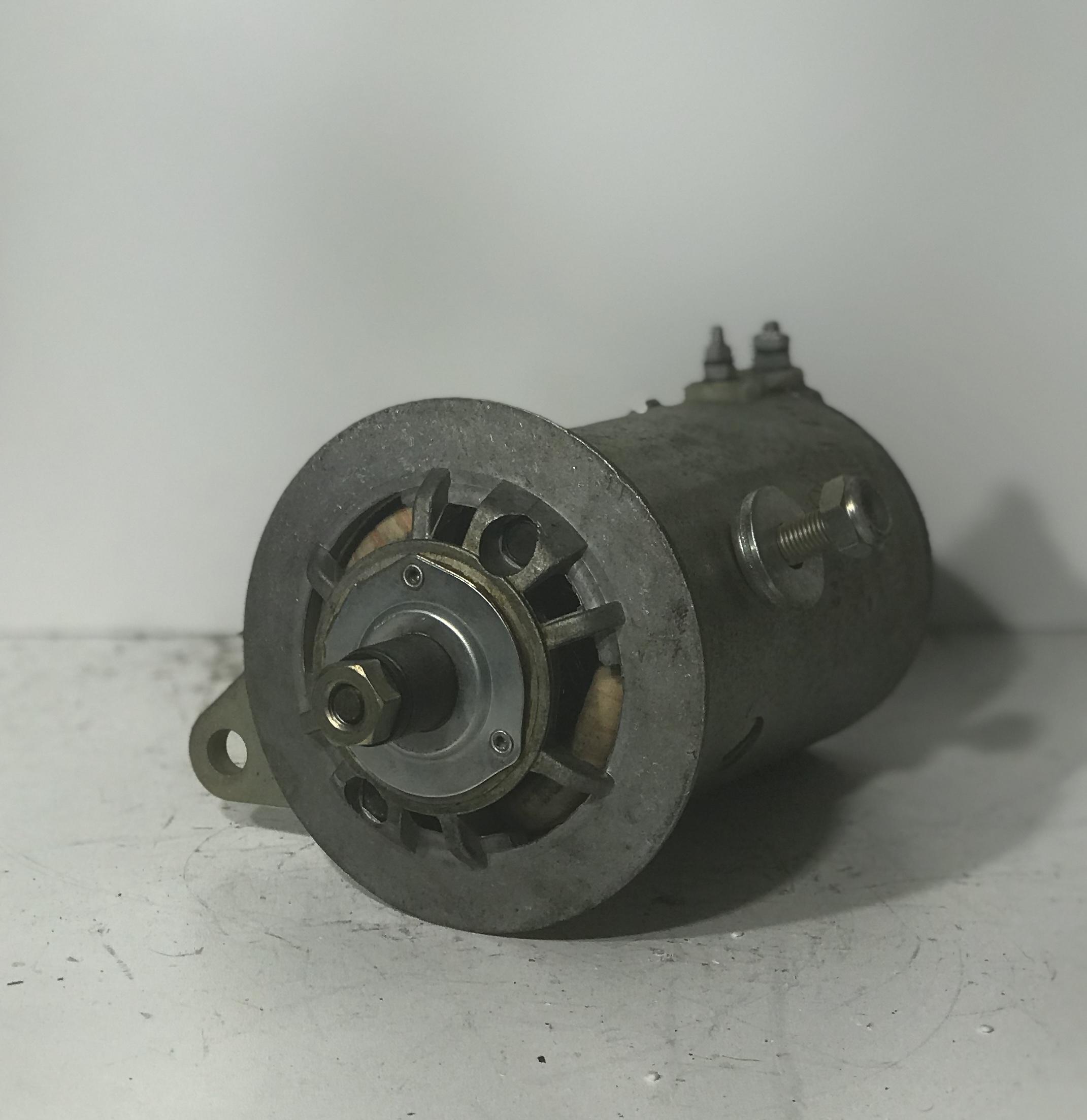 Femsa Gleichstromlichtmaschine DNE 12-4 12V/16A Generator ancre ancla anchor