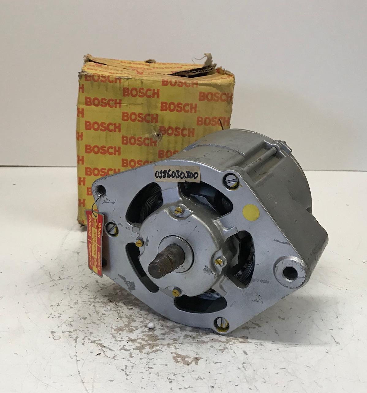 Bosch Lichtmaschine 0986030300 0120400796  Alternateur Alternator Generator