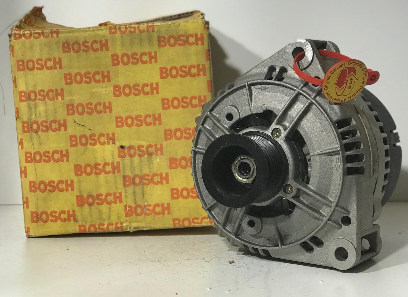 Bosch Lichtmaschine 0986037340 0120465004 14V Alternateur Alternator Generator