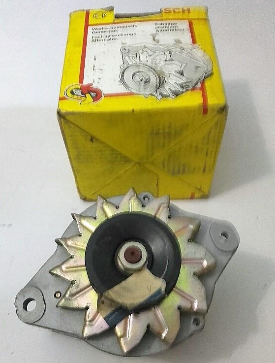 Lichtmaschine 0986032621 E323-18-30 alternator generator alternateur el generado