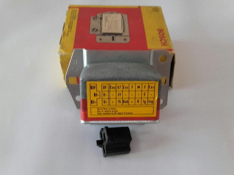 Bosch Lichtmaschinenregler 0192062003 Regler controlador de la máquina de luz