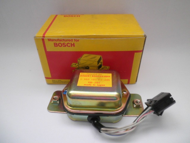 Bosch Lichtmaschinenregler 0986190012  14V  Regler alternators regulator