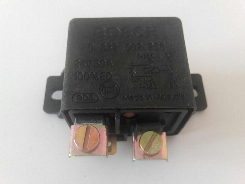 Bosch Batterie Trennrelais 0332002256 Relay Relais  Relé separatore di batterie