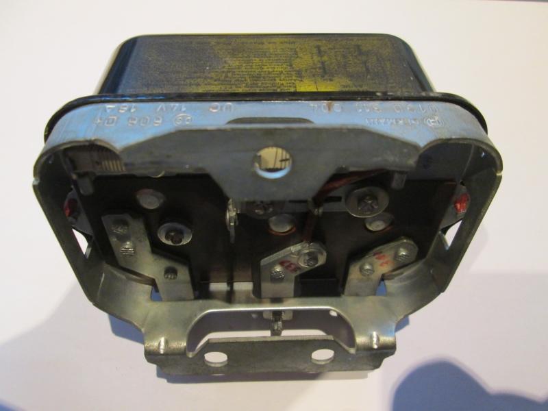 Bosch Lichtmaschinenregler 0190311004 Alternator regulator Regler