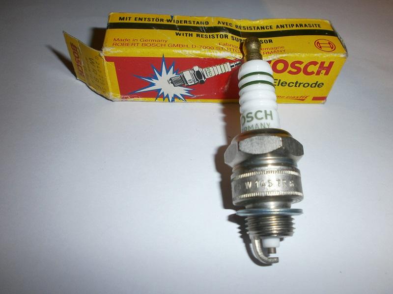 2x Bosch Zündkerze WR10FC Super Spark Plug Bougie Candela Bujía Tennpluggen
