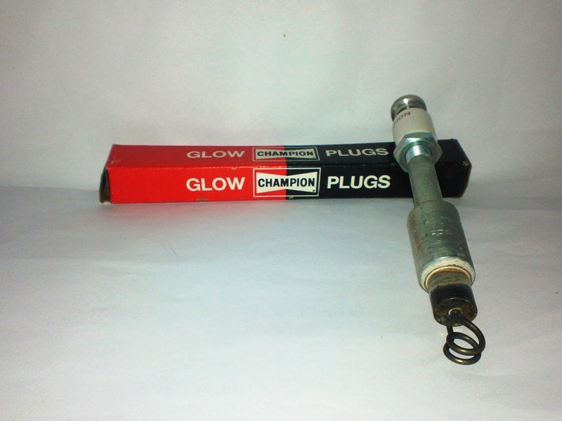 Champion Glühkerze AG 27 glow plug Candeletta bougie de préchauffage gloeiboug